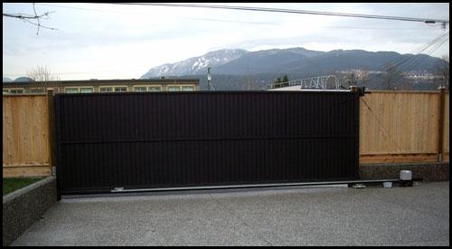 22' X 6' PRIVACY ALUMINIUM DRIVEWAY GATE