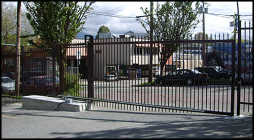 CANTILEVER TRACKLESS SLIDING DRIVEWAY GATE