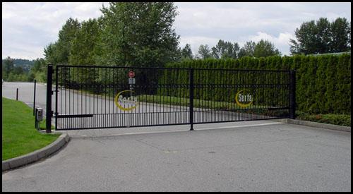 IN-SWINGING STEEL DRIVEWAY GATE