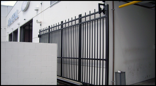 ALUMINIUM PICKET STYLE SLIDE GATE