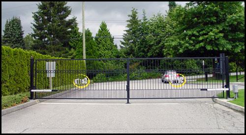 STEEL DRIVEWAY GATES